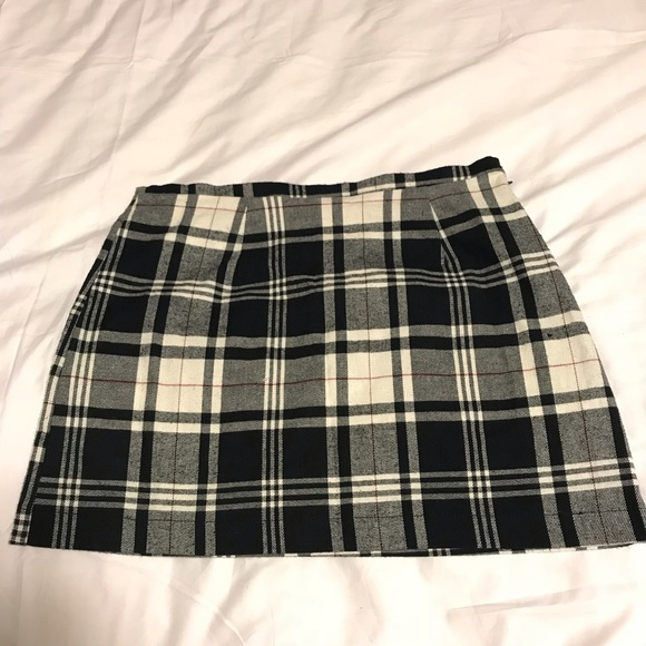 e348aec74a Brandy Melville Black and White Plaid Mini Skirt. Brandy Melville.  M_5bece83a2e1478218c4c2c88. M_5bece83d7386bcd2c3883378.  M_5bece840aa5719779a329170